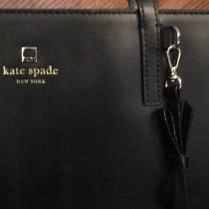 kate spade Bags - NEW Kate spade tote